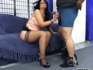 Brunette hair Mamma Receives Rammed