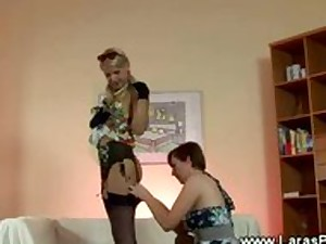 Aged lady with nylons acquires tempted