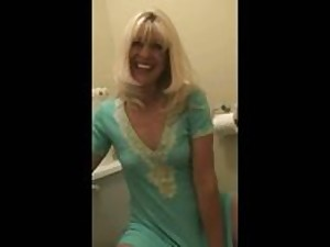 Mommy in the Toilet room